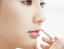 涂抹口紅7個技巧打造誘人雙唇