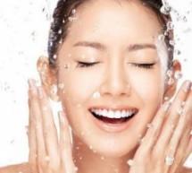 肌膚保濕 讓水嫩肌膚更年輕